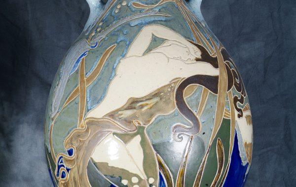 Vase à la sirène